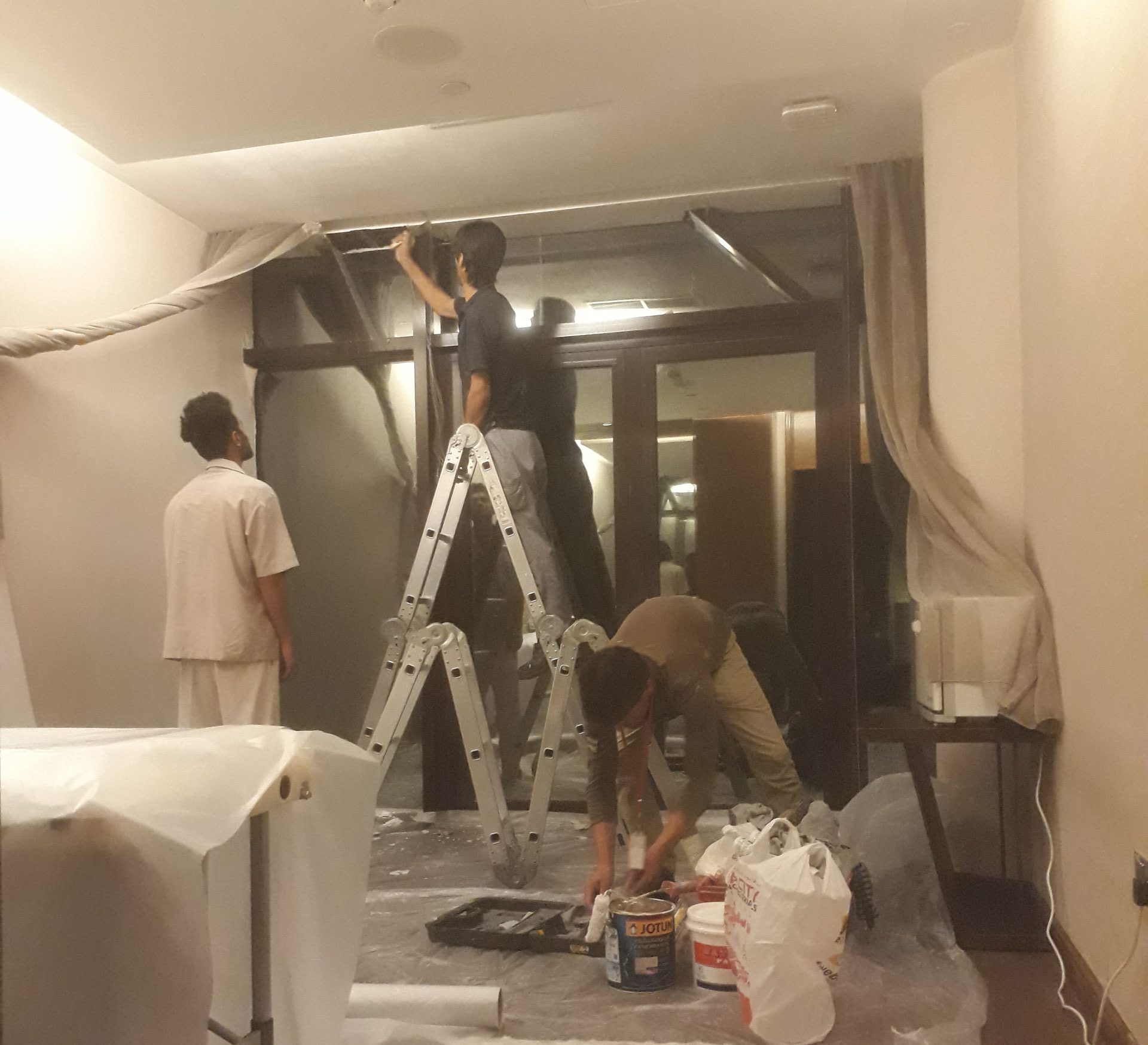 Ceiling Repairing and Painting Work at Jumeirah Creekside Hotel